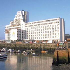 The Grand Burstin Hotel   A Grand Entertainment Hotel - Hotel with Smoking Rooms in Folkestone