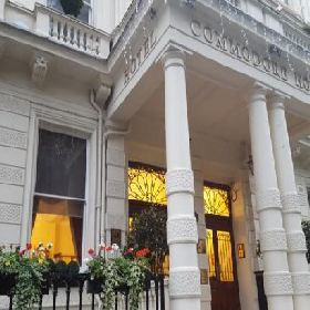 Commodore Hotel - Hotel with Smoking Rooms in London