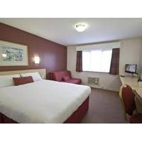Days Inn Bishops Stortford - M11 - Budget Hotel with Smoking Rooms in Stansted Airport
