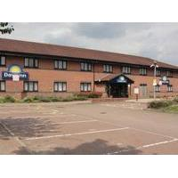 Days Inn Warwick Southbound - M40 - Budget Hotel with Smoking Rooms in Warwick