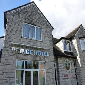 Prince Hotel - Budget Hotel with Smoking Rooms in Birmingham