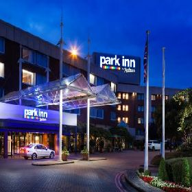 Park Inn By Radisson London Heathrow Hotel - Hotel with Smoking Rooms in Heathrow Middlesex