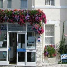 Charlesworth Hotel - Guest Accommodation with Smoking Rooms in Bournemouth