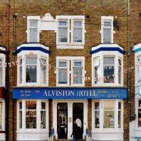 The Alviston Hotel - Guest Accommodation with Smoking Rooms in Blackpool
