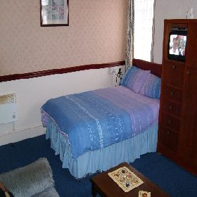 Ivydene Holiday Flats - Self Catering with Smoking Rooms in Blackpool
