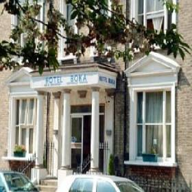 Boka Hotel - Small Hotel with Smoking Rooms in London