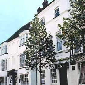 Talbot Hotel - Hotel with Smoking Rooms in Leominster