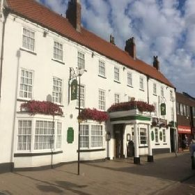 The Golden Lion Hotel - Hotel with Smoking Rooms in Northallerton