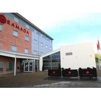 Ramada Wakefield - Hotel with Smoking Rooms in Wakefield