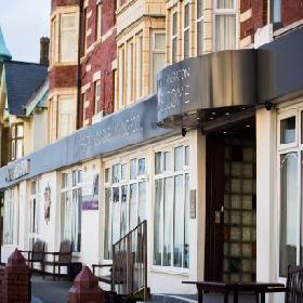 Hotel Sheraton - Hotel with Smoking Rooms in Blackpool