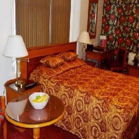 Studio-47 - Hotel with Smoking Rooms in Cleethorpes
