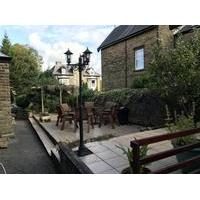 Compton Guest House - Bed and Breakfast with Smoking Rooms in Buxton